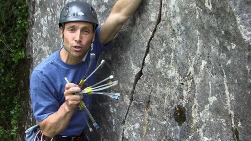روش استفاده از کوپرهد در صعودهای مصنوعی